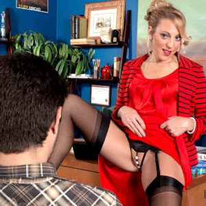 Over 40 MILF Charli Shay flashing upskirt panties for younger man