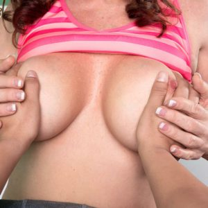 Busty and barefoot MILF Rachel Steele exposing large natural tits