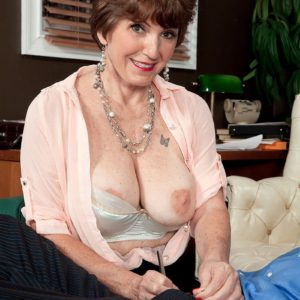 Leggy over 60 lady Bea Cummins exposing big natural breasts and giving bj