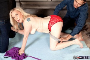 Over 60 MILF Miranda Torri getting fucked by two men in MMF threesome