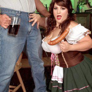 Busty BBW Brandy Ryder eating sausage while sucking cock