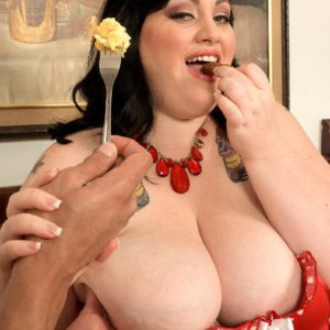 Bbw getting oral before sucking cock 4