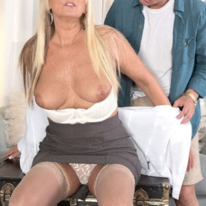 Stocking attired blonde Dallas Matthews having nipples sucked by hospital patient