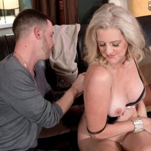 Over 50 cougar Val Kambel having mature ass exposed by younger man