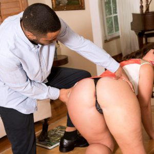Hot chick Virgo Peridot has her big booty exposed for all to jerk to
