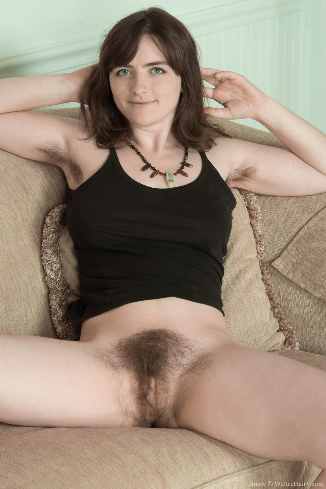Dark haired milf with 2 mandingos 10