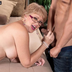 Experienced doll Tracy Gobbles having large funbags unveiled for nip munching in glasses