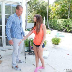 Teener ultra-cutie Joseline Kelly getting boinked after providing huge knob blow job