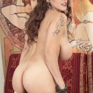 Tatted solo model Mischel Lee releasing hefty tits and losing grannie panties