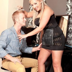 Lanky ash-blonde stunner Krystal Rapid baring adorable titties from sundress for nip munching