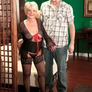 Chubby aged amateur DeAnna Bentley exposing monster-sized knockers in pantyhose before ORAL JOB