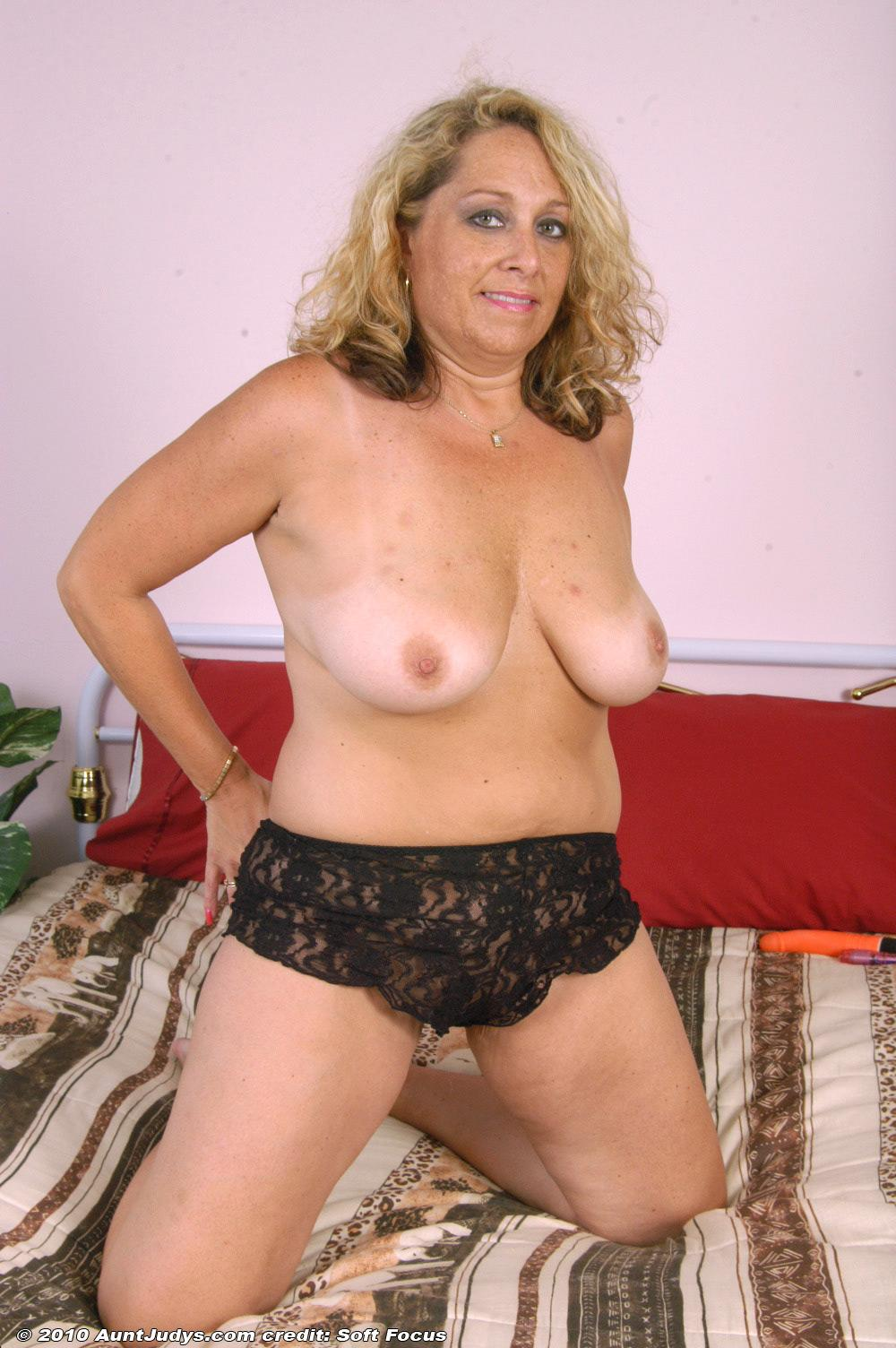 Older mature women photos-5583