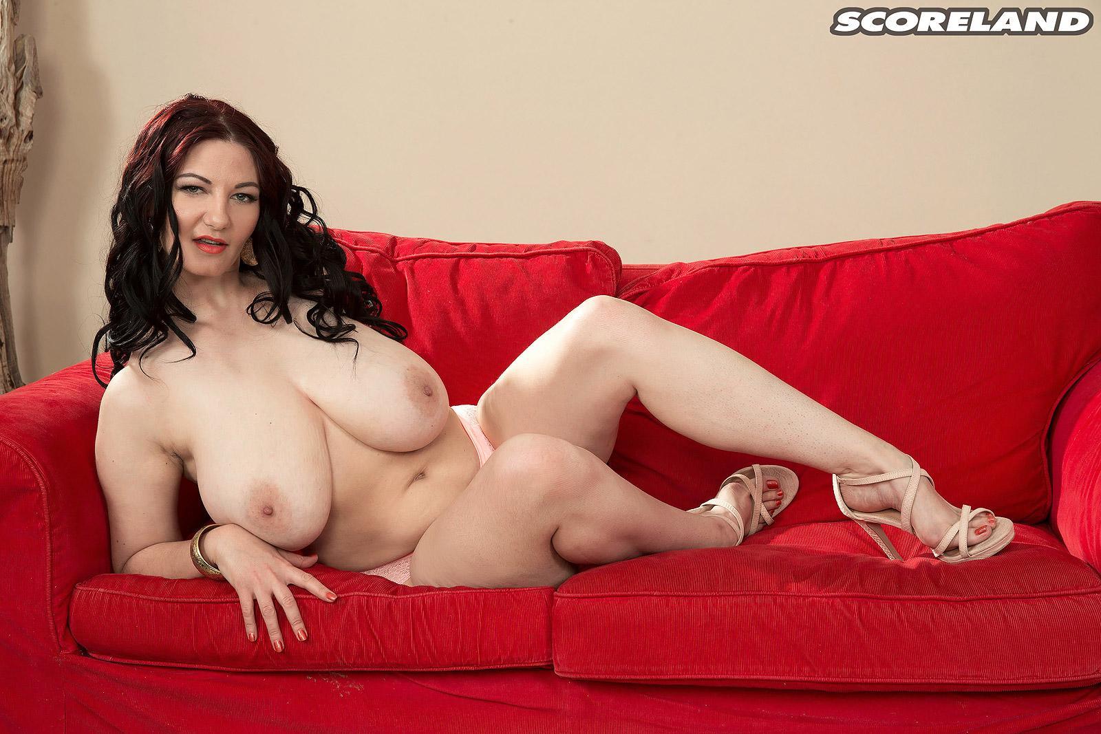 Desi plump thighs naked girls