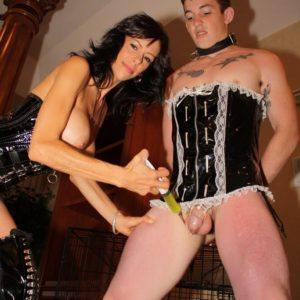 Busty brunette wife Alexis Fake having uber-sexy pins and vag attended to by sissy maid
