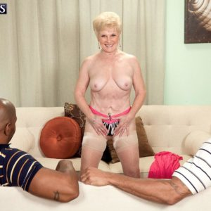 Dirty grandma Jewel hooks up with 2 massive black boners for MMF 3some fantasy
