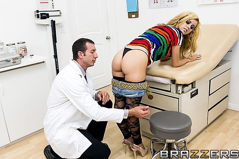 Phat sandy-haired female Jessie Rogers gets caboose banged by her doc during an exam