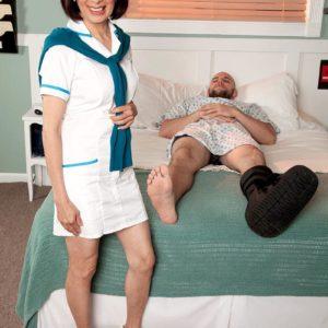 Uniformed 60 plus Japanese MILF nurse Kim Anh providing big knob hand job in polyclinic
