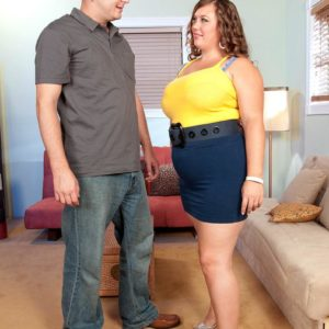 BIG HOT LADY Analee Sands has her gigantic melons uncovers from her tee-shirt and boulder-holder in a microskirt