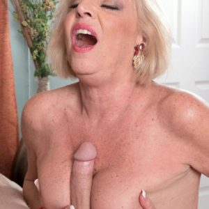 Stocking outfitted golden-haired MILF over 60 Scarlet Andrews jugg banging gigantic pecker