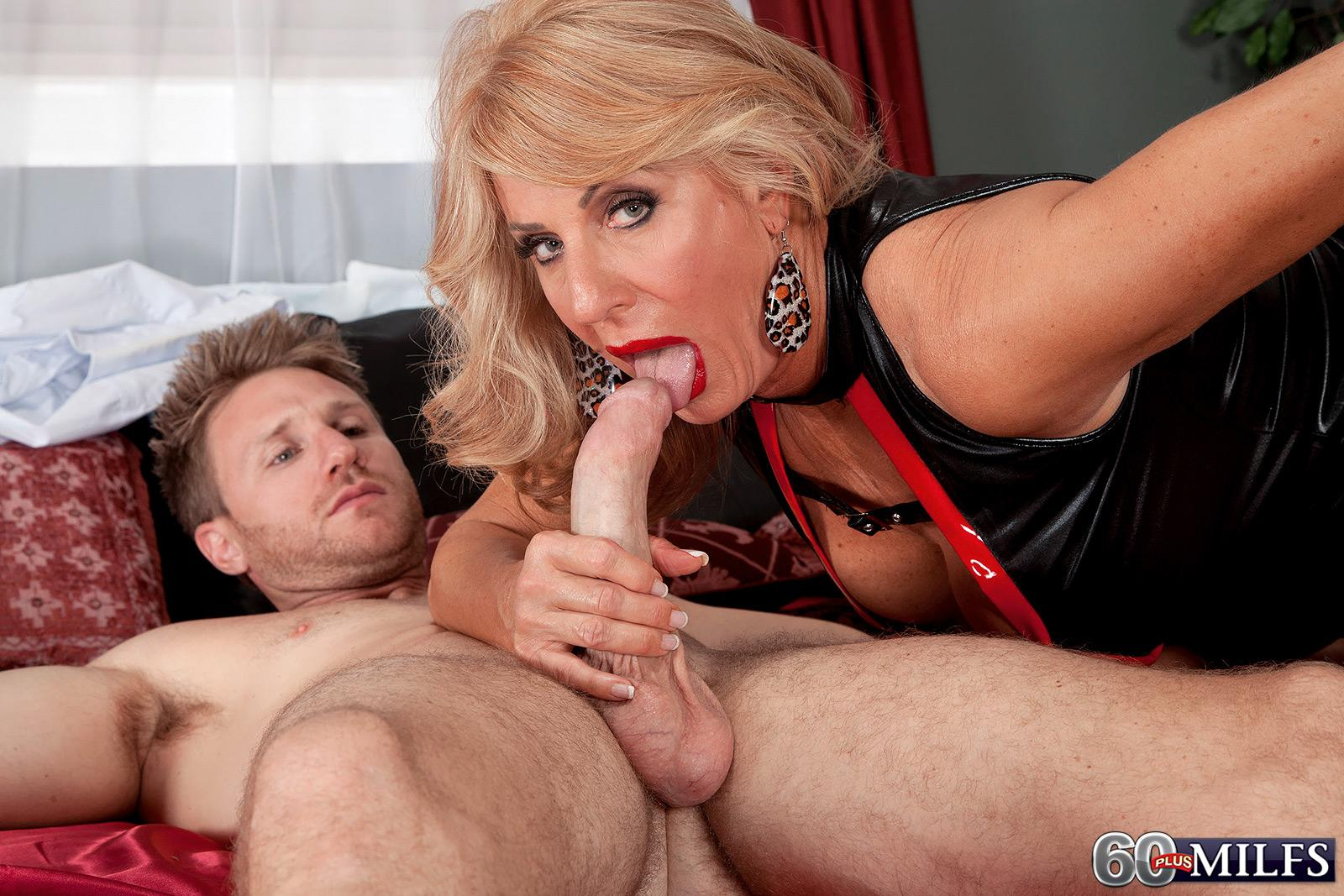 Skinny blond grannie Phoenix Skye giving monster-sized wood HJ and blow-job in high heels