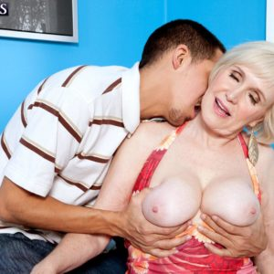 Bosomy short haired grandmother Lola Lee providing monster-sized pecker BJ and tit banging in hosiery