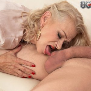 Sexy elder lady Beata gives a ball munching blow-job after seducing a junior boy