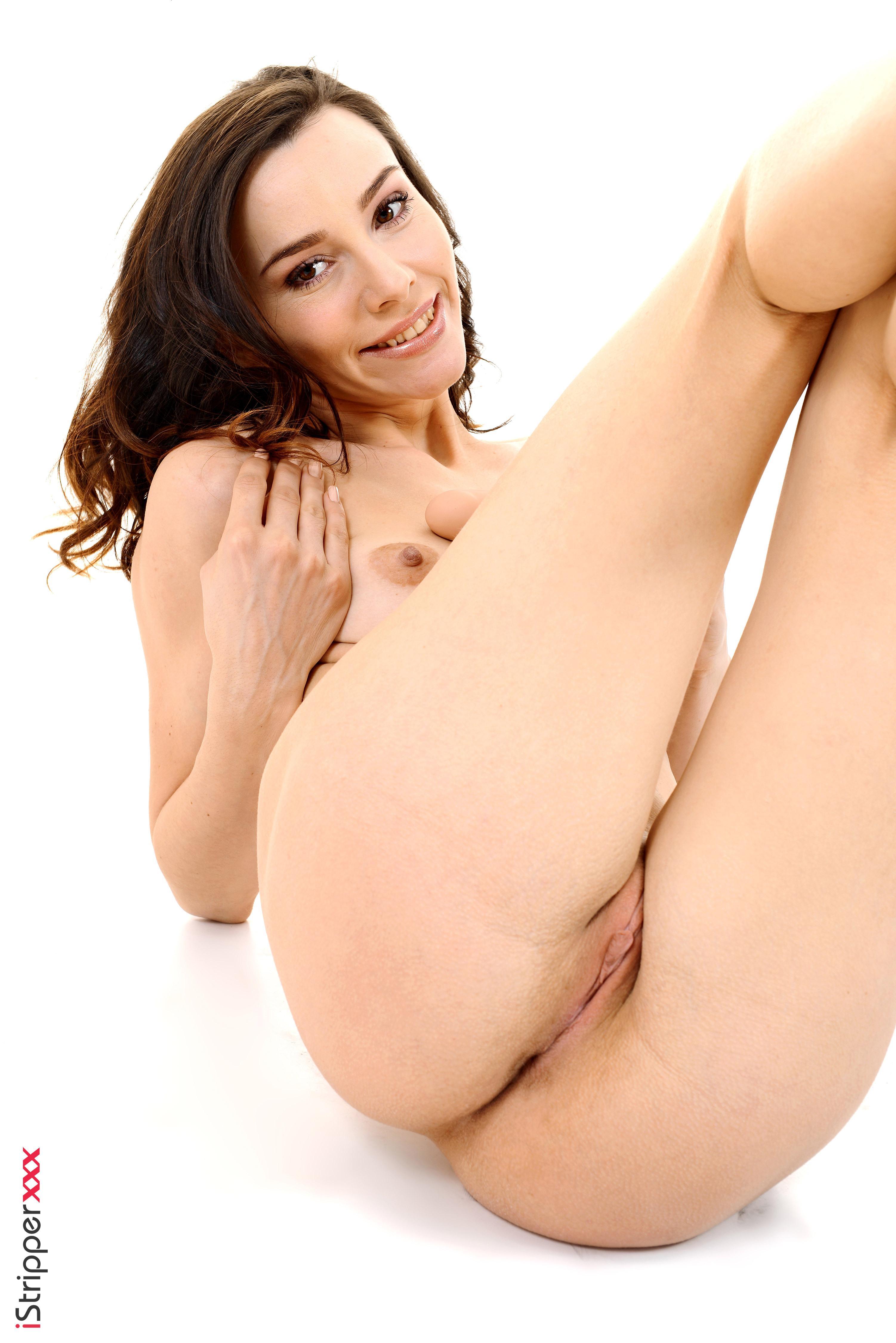 Solo girl naked