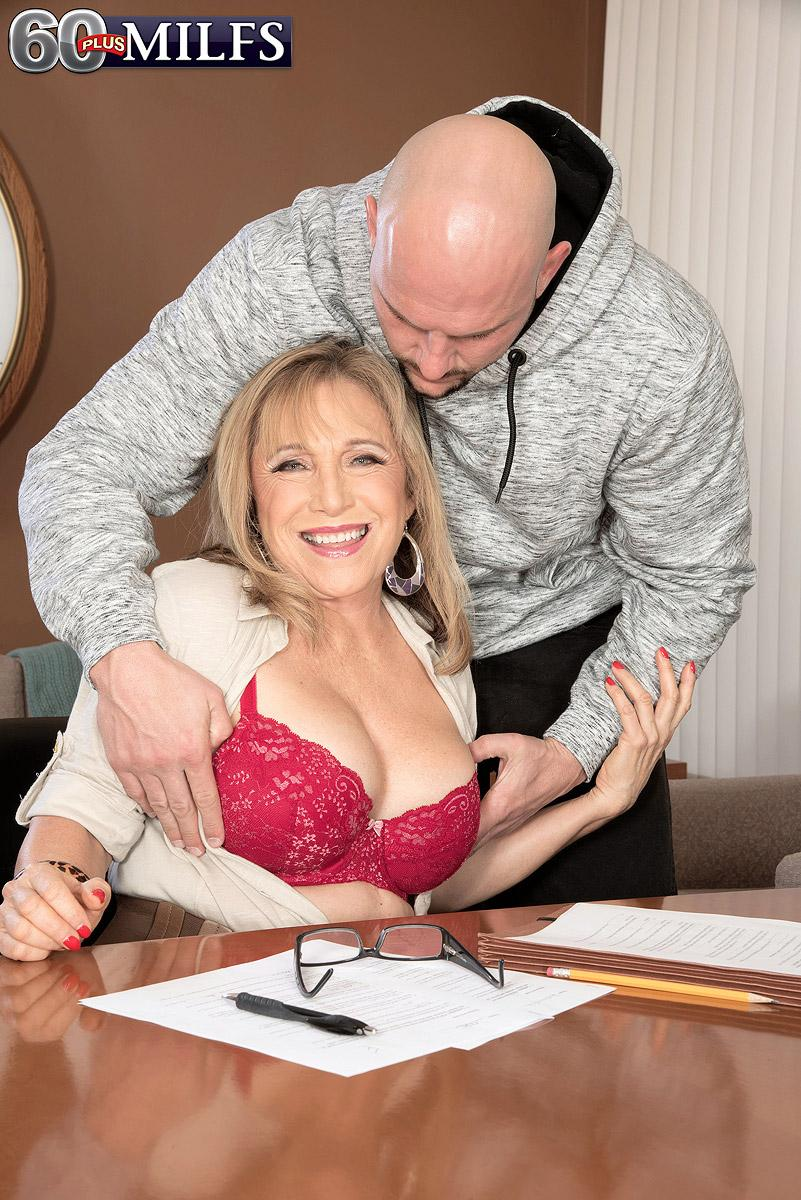 Over 60 educator Luna Azul seduces a male schoolgirl in her office place