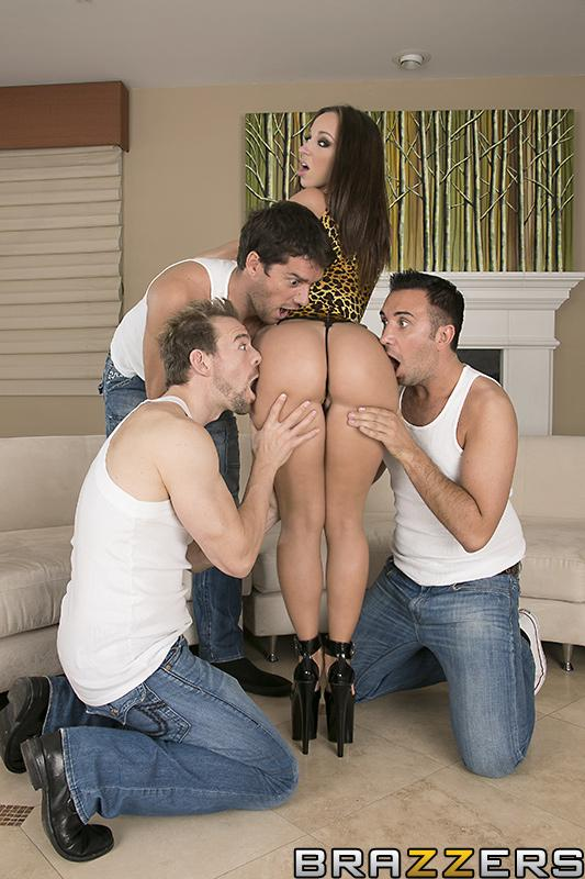 Top XXX actress Jada Stevens offers up her tasty butt for anal sex to 3 men at once