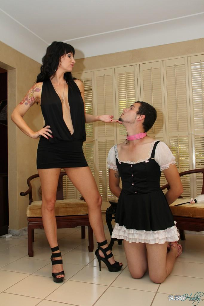 Brunette gf Angie Noir face boinks her sissy with a monster-sized strap on pecker in high-heels