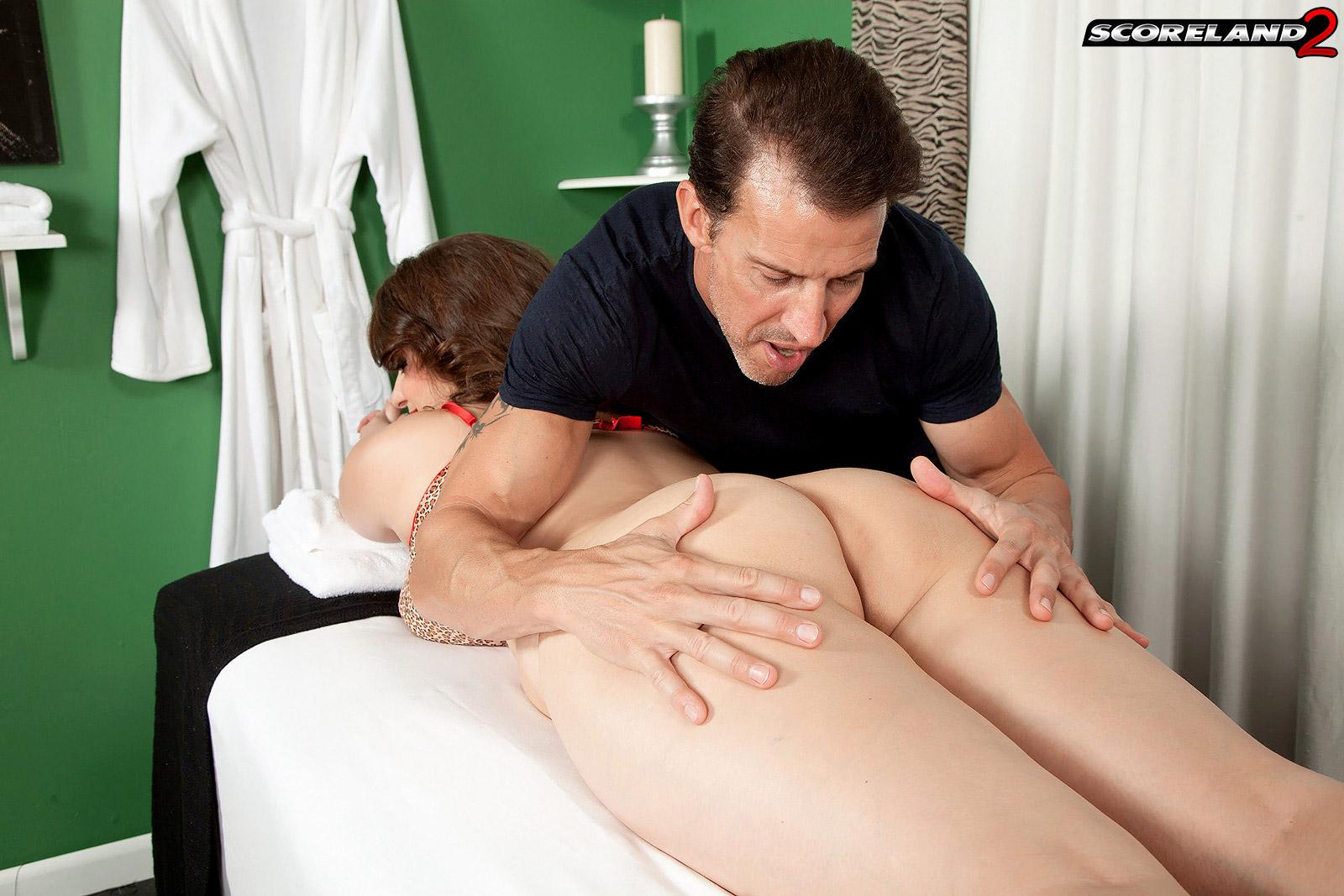 Chubby girl Jessica Roberts is unclothed and seduced by her masseuse