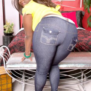 Ebony MILF Stacy Enjoy sports a whale tail while loosing her humungous ass from jeans in high heeled shoes