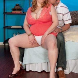 Redhead BIG BEAUTIFUL WOMAN Sadie Berry seduces a guy by flaunting upskirt cotton panties