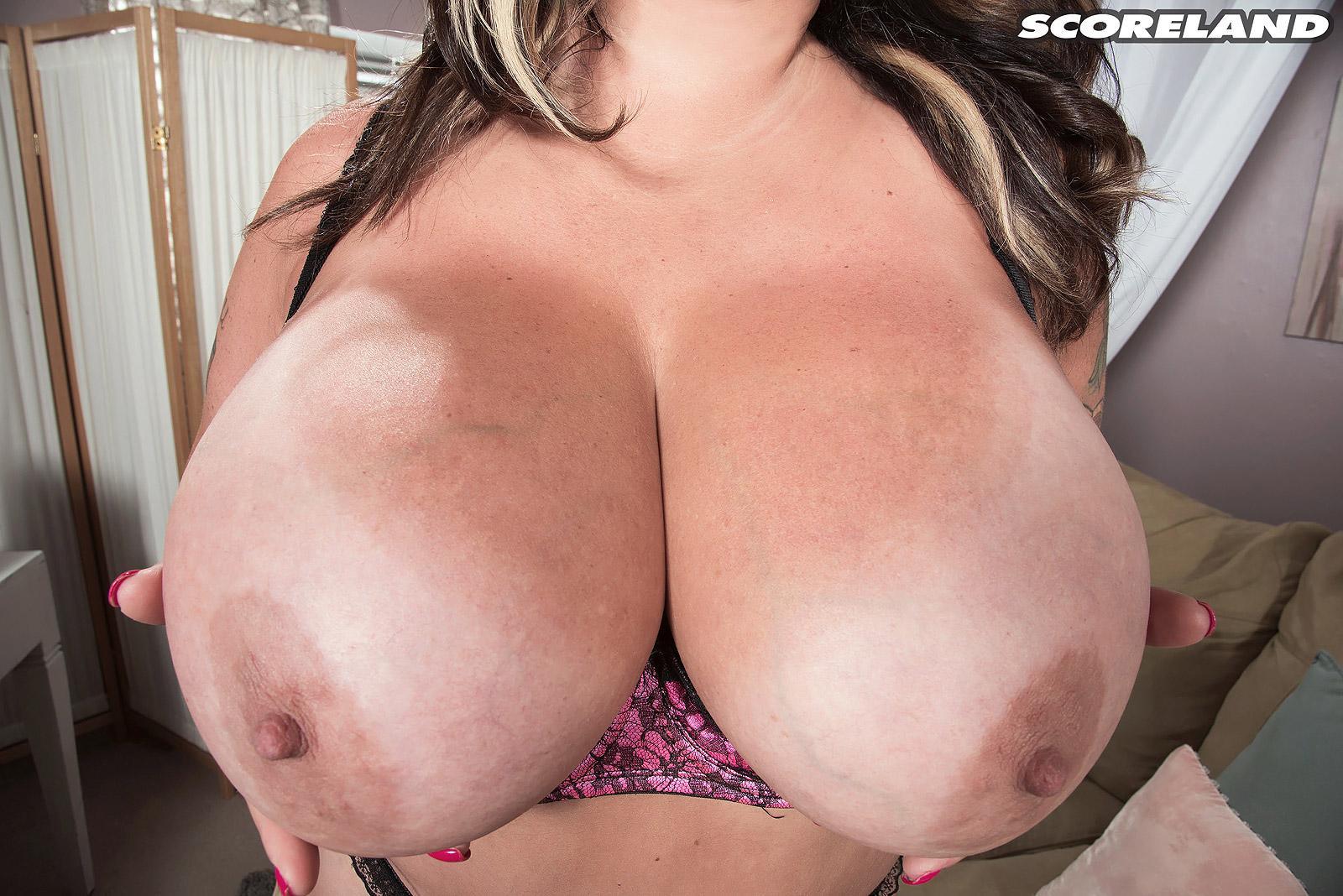 Ideal Amaya Nude Scenes