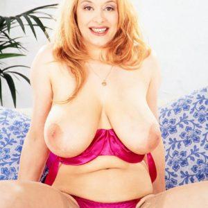 Super-sexy MILF Ruth Tyler puts her huge titties on showcase in sheer hosiery and high heels